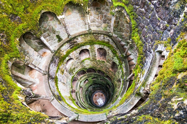 Getty Images 515815860 Portugal Sintra bronn