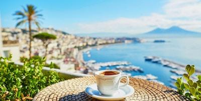 Gettyimages 622452230 Italia Campania Vesuv Napoli