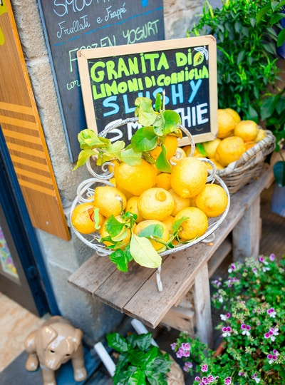 Getty Images-958992420_Italia_lemons