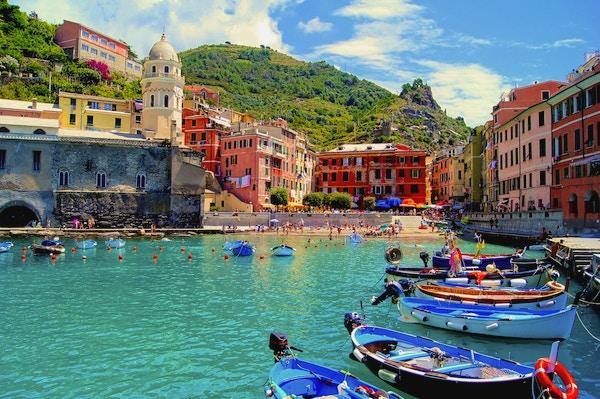 Istock 000020154252 Italia Liguria Cinque Terre Vernazza