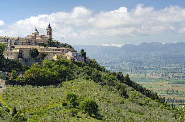 Istock 000020491066 Trevi Umbria Italia