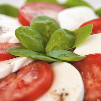 Istock 000040988840 Tomat Mozarella Mat Italia