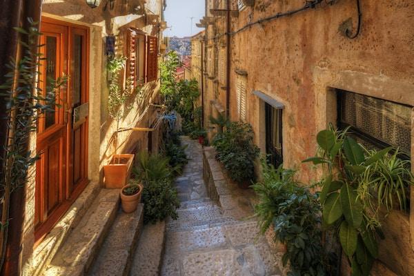 Istock 000080405061 Dubrovnik