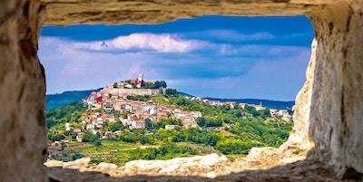 I Stock 606673988 Kroatia Istria Motovun