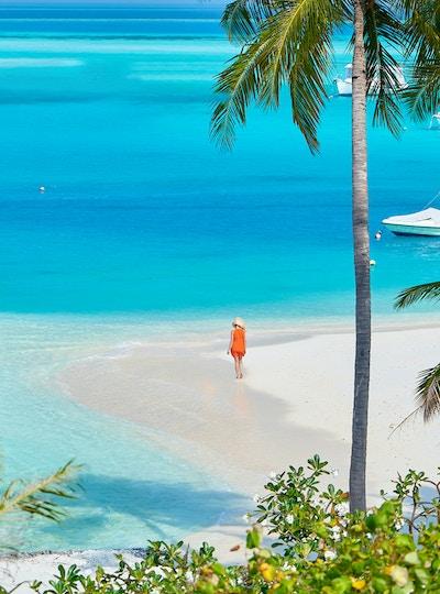 Getty Images-1143565577_Maldiverna_strand_hav_kvinne_uten-barn