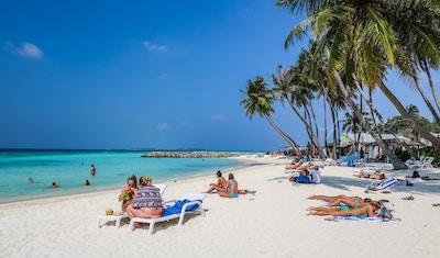 Maldivene_Maafushi_Bikini_beach