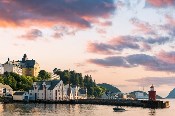 Gettyimages 843762790 Norge Alesund