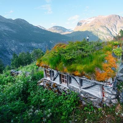 Getty Images 1029493816 Norge hus vandring aktiv