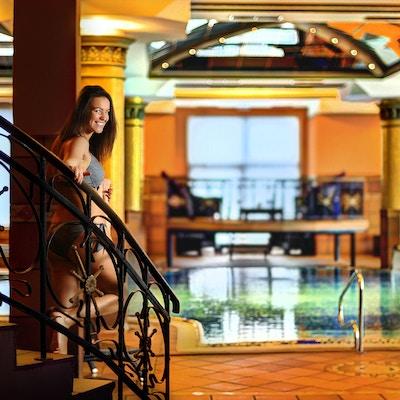 High Tatras Slovakia Grand Hotel Praha Aktiv Vandring lobby