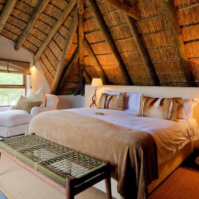 Bush villa loft bedroom1