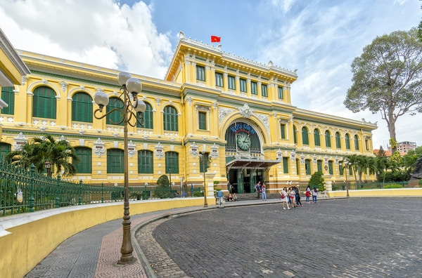 Gettyimages 921731936 Vietnam Ho Chi Minh City Post Office
